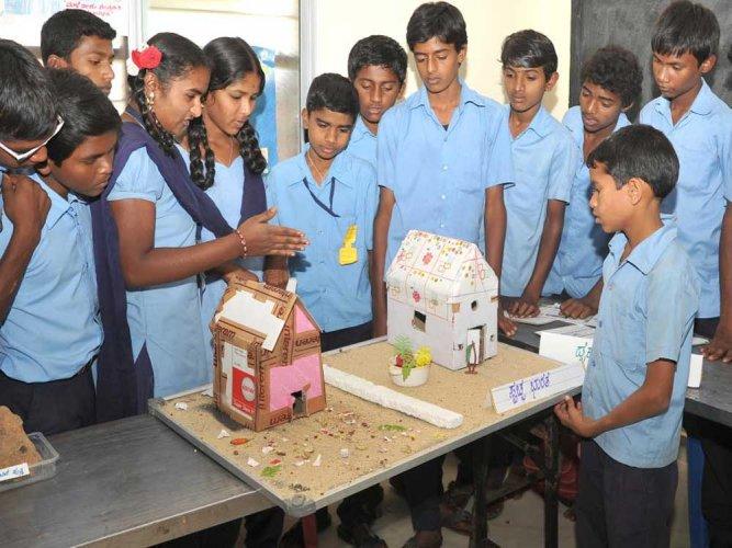 A Montessori offer to revive govt schools