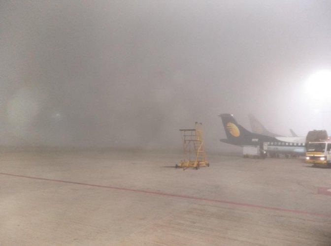 Airport Kia London >> Kia 2nd Runway S 1st Flight To Land Oct 1 Deccan Herald