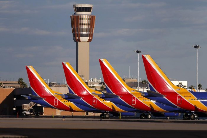 Boeing 737 Max 8 passenger planes sit on the tarmac at Phoenix Sky Harbor International Airport on March 13, 2019 in Phoenix, United States. (Ralph Freso/Getty Images/AFP)