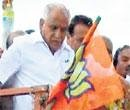 Yeddyurappa whips out cash to voters