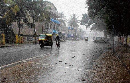 Heavy rain brings respite from heat in Odisha