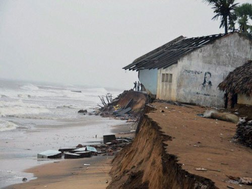 Dry weather in Visakhapatnam; AP govt begins relief ops