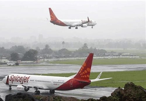 SpiceJet takes off despite rough weather