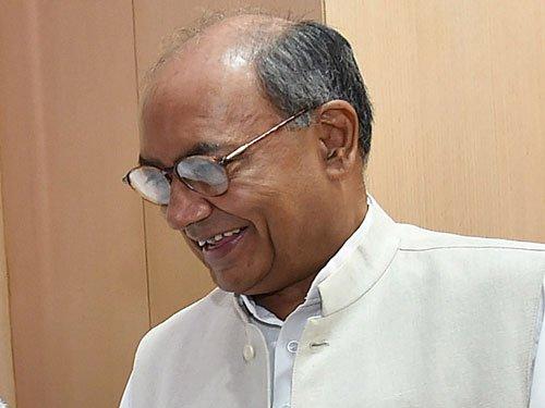 Digvijaya, Siddaramaiah to finalise Cabinet rejig plan today