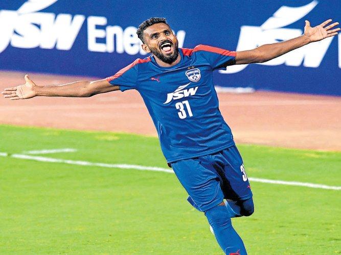 Vineeth 'tricks in BFC victory