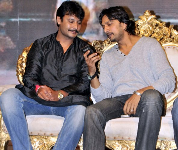 Actor Darshan springs a surprise, says Sudeep isn't his friend