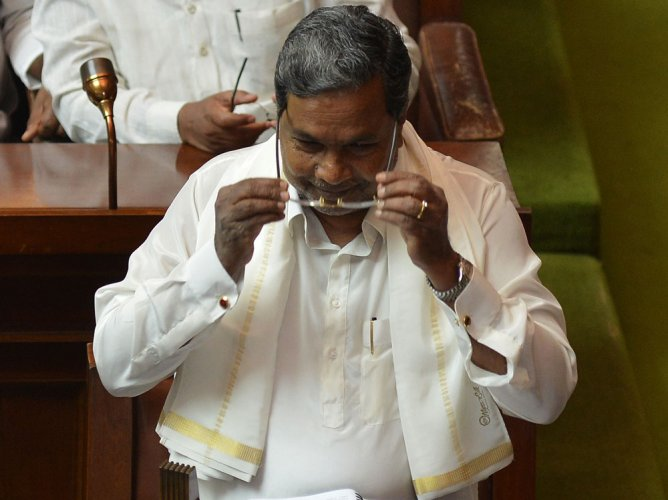 Siddaramaiah eyes voters with budget