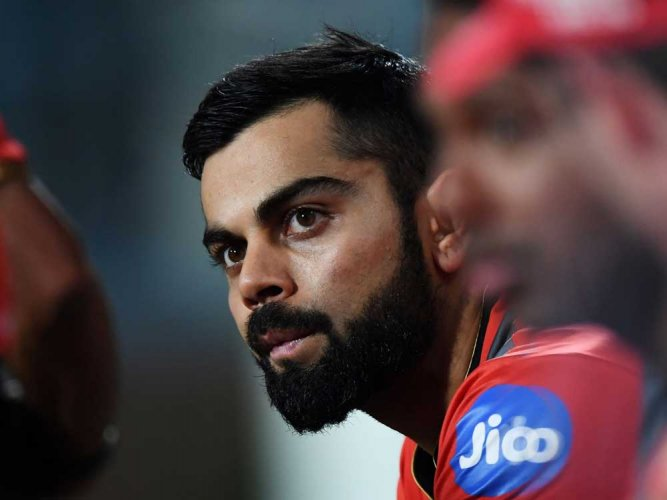 Hurt Kohli blasts RCB batting show