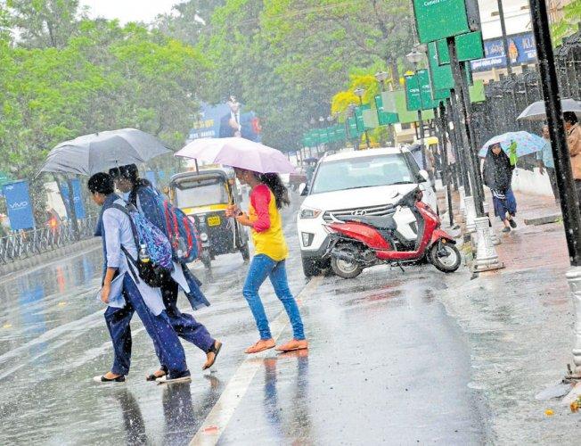 Monsoon sets in Karnataka