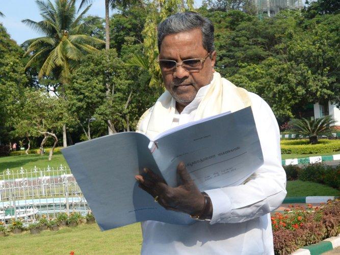 Siddaramaiah seeks meet with Parrikar on Mahadayi river row