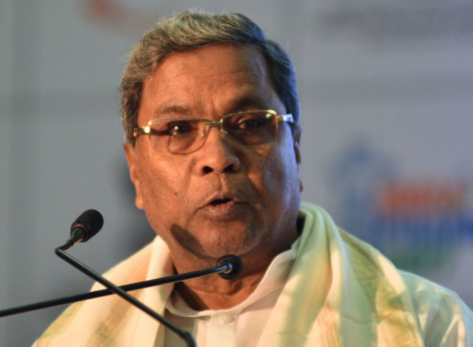 Nitish is doing opportunistic politics: Siddaramaiah