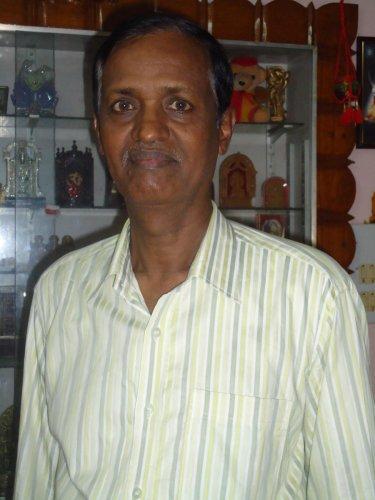 This ex-banker has taught Kannada to 10K non-Kannadigas