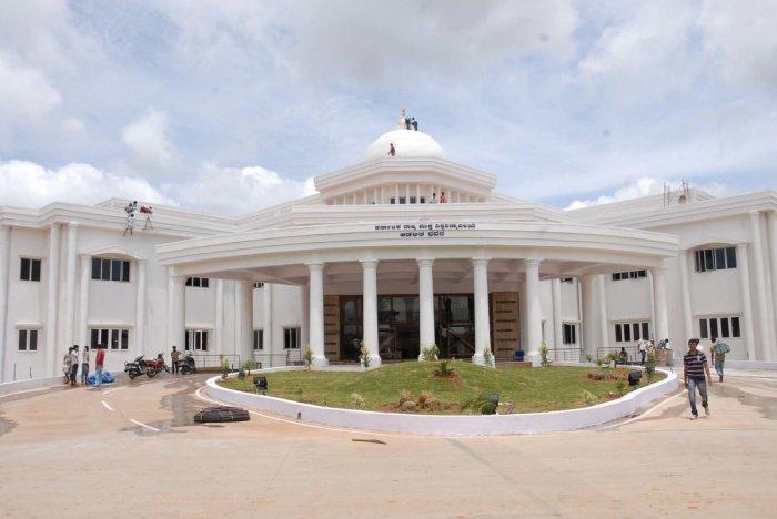 Ex-VCs advice KSOU to conduct 'Proficiency Test'