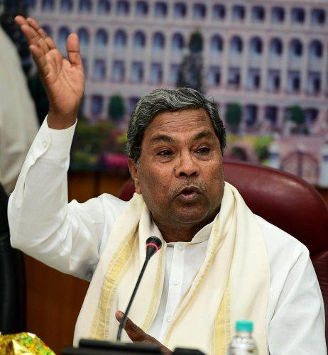 Siddaramaiah to Parrikar: Tell tribunal Goa is ready to release water to K'taka