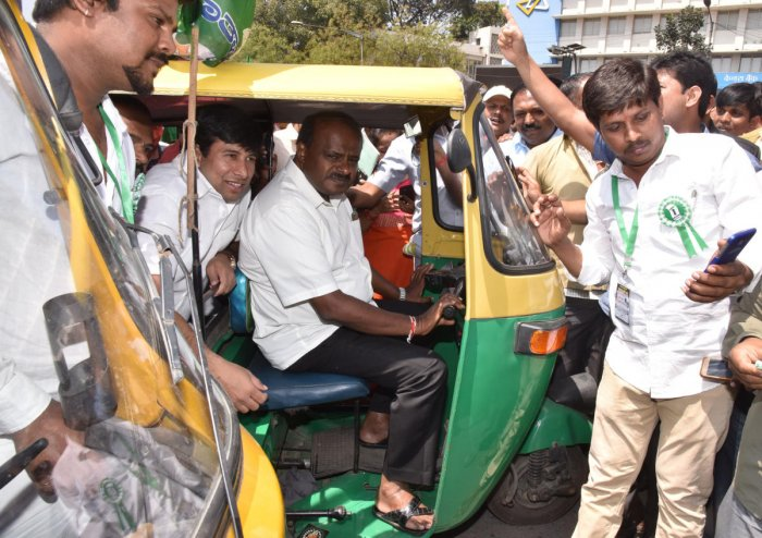 HDK promises to make an auto driver MLC, if voted to power
