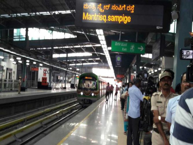 The train with a larger capacity is expected to boost Namma Metro's ridership further. DH file photo