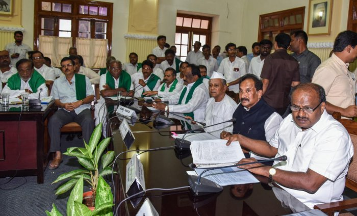 Karnataka Chief Minister H D Kumaraswamy during a meeting with cane growers and sugar factory representatives at Vidhana Soudha in Bengaluru on Tuesday. DH Photo by S K Dinesh