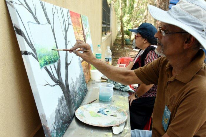 Artists depict industrial disaster on canvas at Kuncha Kahale held at Kadri Park in Mangaluru on Sunday.