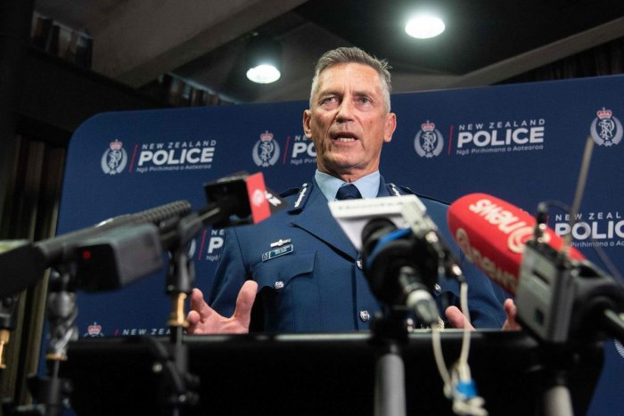 New Zealand Police Commissioner Mike Bush speaks to the media after an attack on a mosque in Christchurch at the Royal Society building in Wellington on March 15, 2019. (AFP Photo)