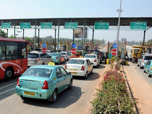NHAI to build Bengaluru-Chennai expressway: Gadkari