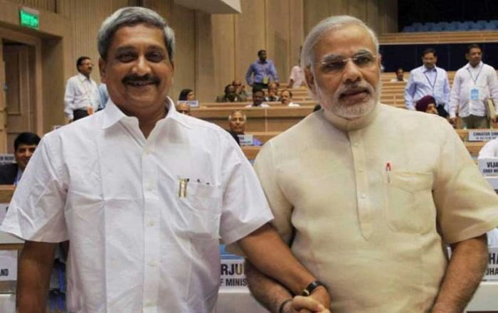The prime minister also posted a picture of him and Parrikar together on the social media website. (Image: Twitter/@narendramodi)