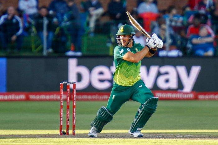 SOLID: South Africa's Aiden Markram drives one to the fence during his unbeaten knock of 67 against Sri Lanka in the fifth and final ODI in Port Elizabeth. AFP