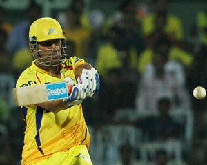 Dhoni leads the way as CSK outclass Delhi