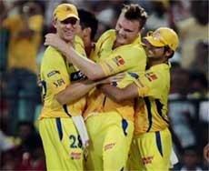 Chennai seek revenge against mighty Mumbai in IPL