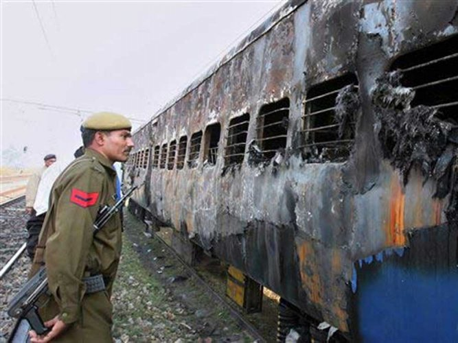 At a time when the court trial in the Samjhauta Express blast case was nearly concluded, a Pakistan national who lost his limbs in the blast on Monday claimed he had seen the accused and the suspected person on the ill-fated day when the tragedy took place. PTI file photo