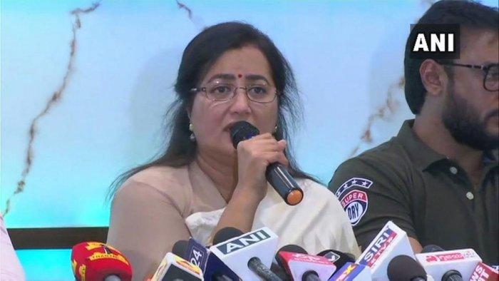 Sumalatha Ambareesh speaks during the press conference in Bengaluru on Monday. (ANI/Twitter)