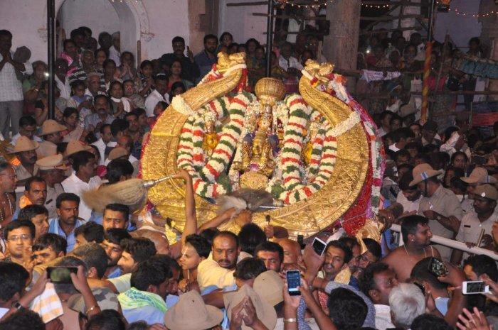The idol of Lord Cheluvanarayanaswamy adorned with the diamond-studded crown during Vairamudi Utsav, at Melkote on Sunday evening.
