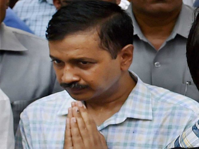 Kejriwal tweets video over Delhi fire, mayor terms it 'fake'