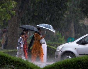 Early monsoon brings respite to Delhi