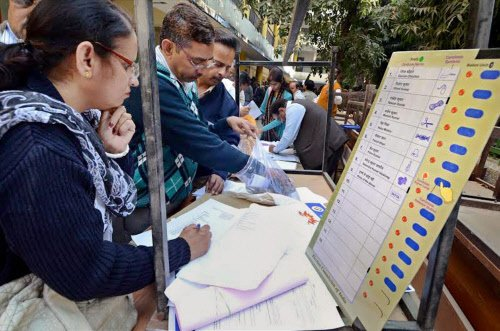 Delhi polls seen as national trend-setter