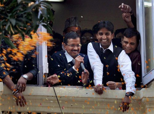 Time for AAP to fulfil its promises: MPs from BJP, Cong