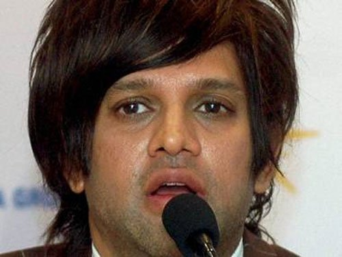 Lookout notice issued against Yash Birla in cheating case