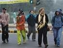 Cold wave continues in Delhi