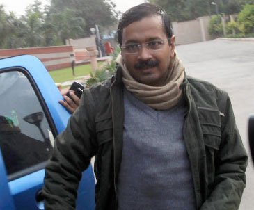 'Selfie with Mufflerman' by AAP to raise funds for Delhi polls
