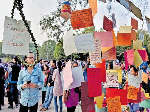 JNU activists to move NHRC for protection of HCU students