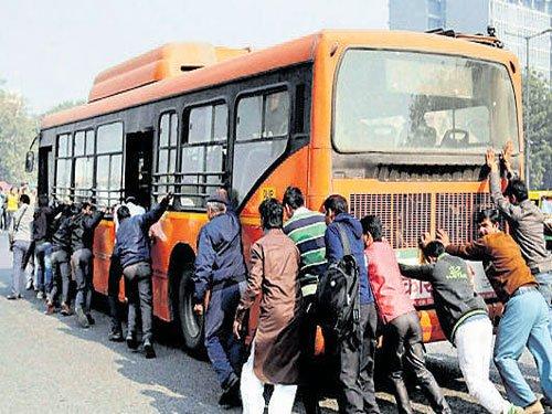 As odd-even 2 0 nears, govt tells DTC to reduce bus