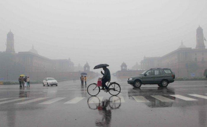 Monsoon rains lash Delhi, other states; toll rises in AP, UKD