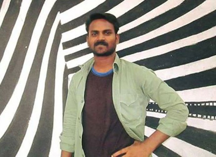 Dalit JNU scholar found dead, family demands CBI probe