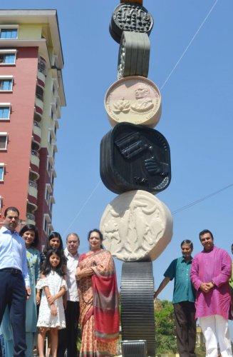 Minister unveils Upendra Pai memorial