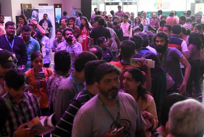 Visitors at the BIFFes 2019. DH Photo by B H Shivakumar
