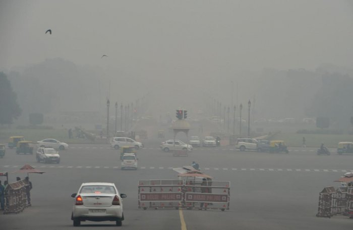 The overall air quality index (AQI) was recorded at 309, which comes under 'very poor' category, according to the SAFAR. PTI Photo