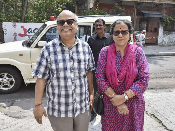 Justice Pinaki Chandra Ghose, the first Lokpal or anti-corruption ombudsman of India, with his wife at their residence, in Kolkata. PTI