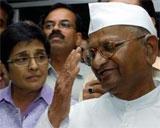 Team Hazare says Delhi Police wants undertaking on protest