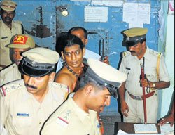 Nithyananda's overnight stay in Mysore jail