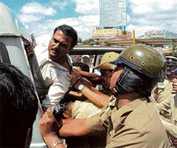 Lathi charge twice in Kolar; two sent to judicial custody