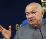 Delhi gang-rape case to be tried on fast-track basis: Shinde